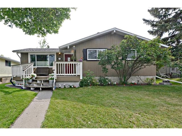 Photo 27: 6304 LACOMBE Way SW in Calgary: Lakeview House for sale : MLS® # C4020490