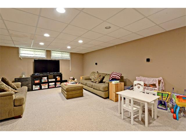 Photo 24: 6304 LACOMBE Way SW in Calgary: Lakeview House for sale : MLS® # C4020490