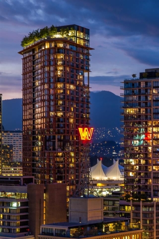 "Main Photo: 3508 128 W CORDOVA Street in Vancouver: Downtown VW Condo for sale in ""WOODWARDS (W43)"" (Vancouver West)  : MLS® # R2007917"