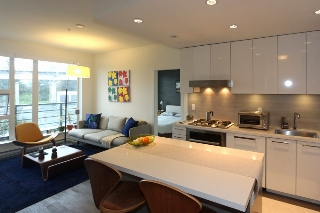 "Main Photo: 204 1628 W 4TH Avenue in Vancouver: False Creek Condo for sale in ""RADIUS"" (Vancouver West)  : MLS(r) # R2045521"