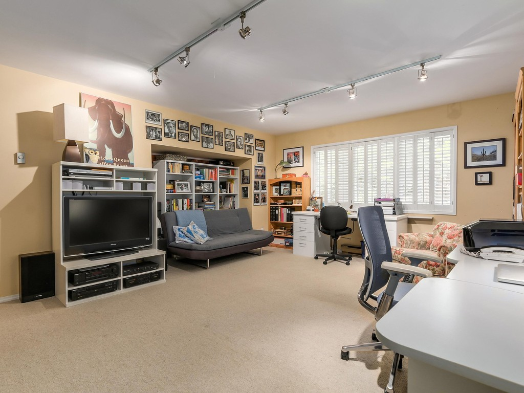 Photo 14: 314 MOYNE Drive in West Vancouver: British Properties House for sale : MLS(r) # R2107608