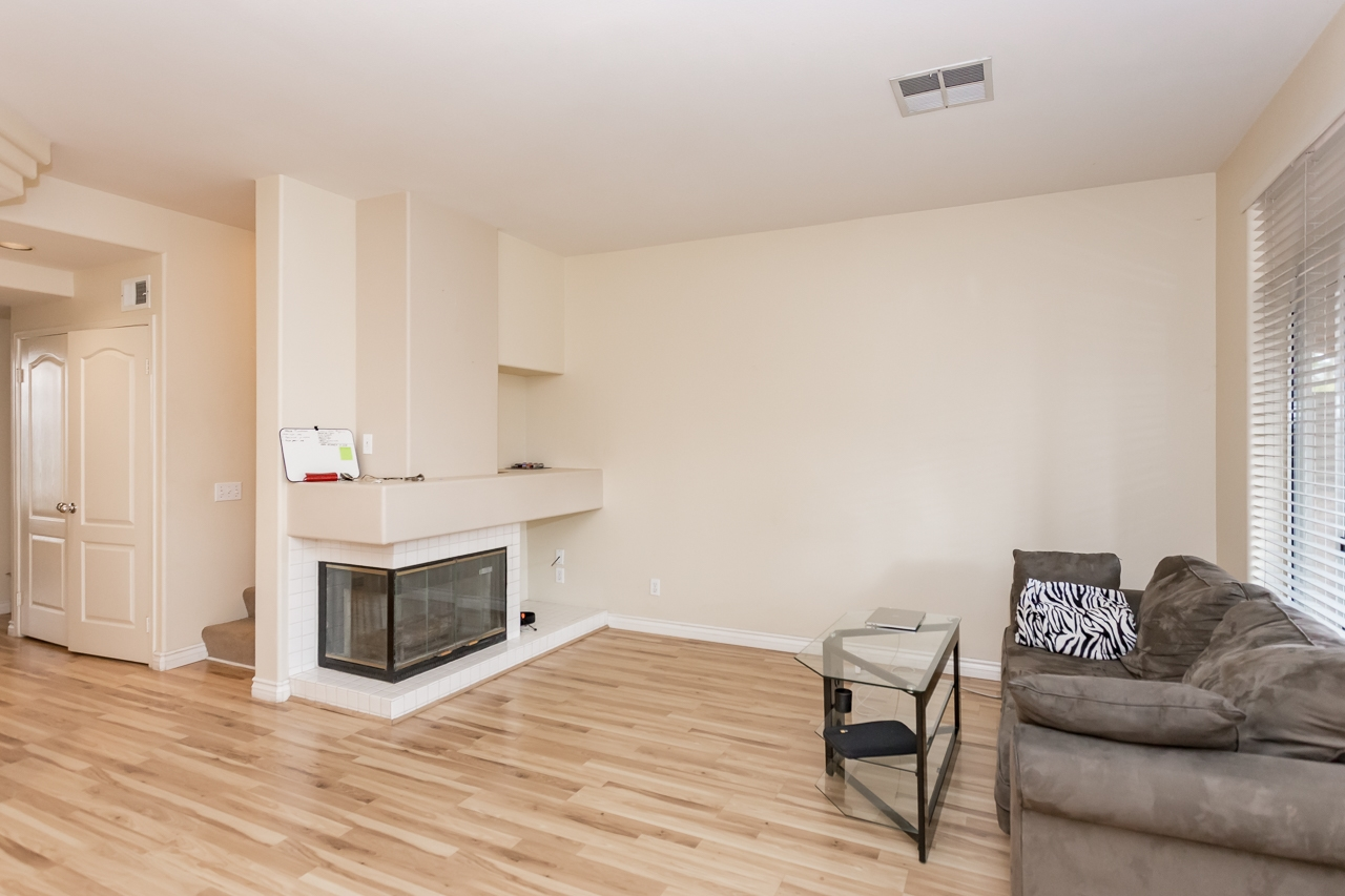 Main Photo: CARMEL VALLEY Condo for sale : 2 bedrooms : 12614 Carmel Country Rd #49 in San Diego