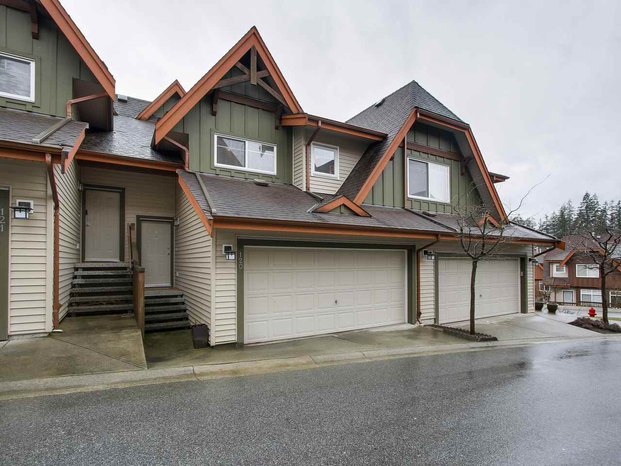 Main Photo: 120 2000 PANORAMA Drive in Port Moody: Port Moody Centre Townhouse for sale : MLS(r) # R2146074