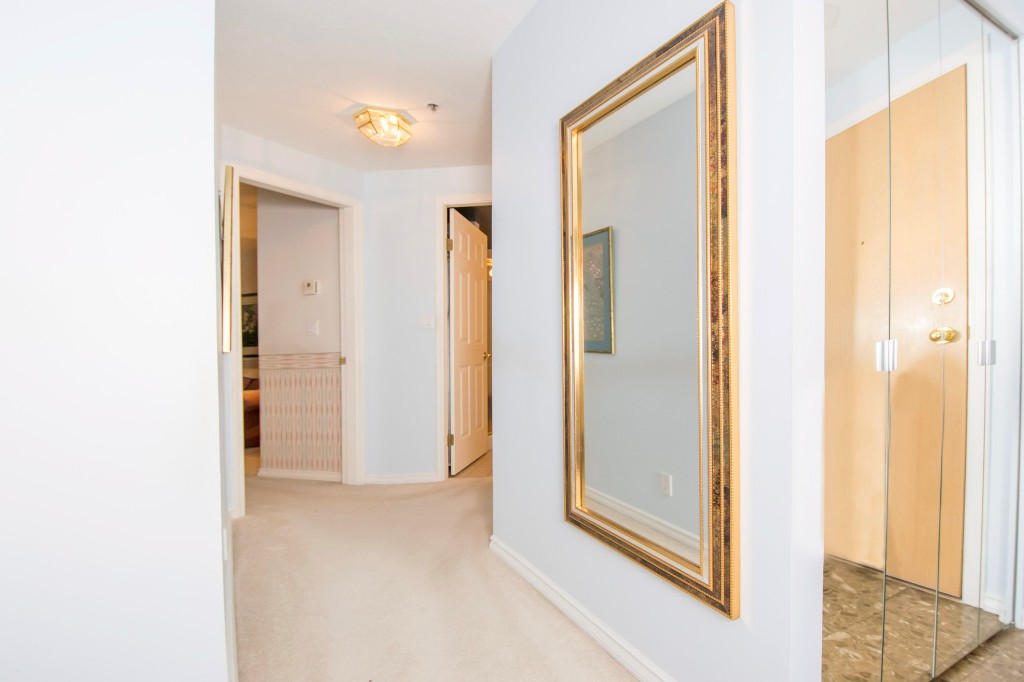 "Photo 12: 303 728 FARROW Street in Coquitlam: Coquitlam West Condo for sale in ""THE VICTORIA"" : MLS® # R2146505"