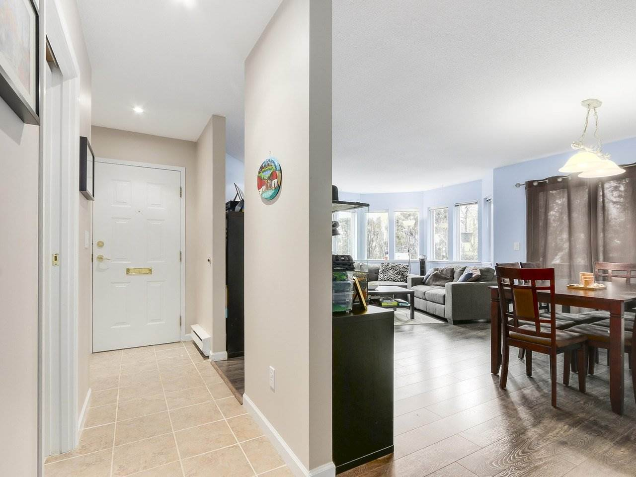 Photo 2: 127 1201 BRUNETTE Avenue in Coquitlam: Maillardville Townhouse for sale : MLS(r) # R2162178