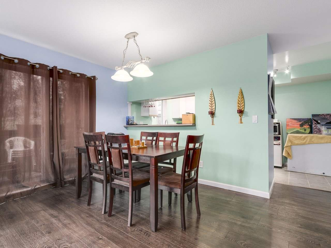 Photo 6: 127 1201 BRUNETTE Avenue in Coquitlam: Maillardville Townhouse for sale : MLS(r) # R2162178