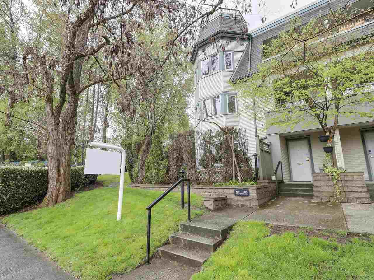 Main Photo: 127 1201 BRUNETTE Avenue in Coquitlam: Maillardville Townhouse for sale : MLS(r) # R2162178