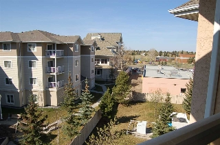 Main Photo: 415 10511 42 Avenue in Edmonton: Zone 16 Condo for sale : MLS(r) # E4064950