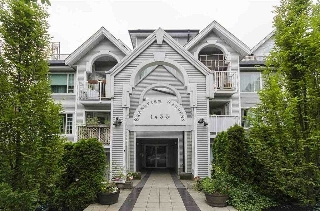 "Main Photo: 105 1433 E 1ST Avenue in Vancouver: Grandview VE Condo for sale in ""GRANDVIEW GARDENS"" (Vancouver East)  : MLS(r) # R2170410"