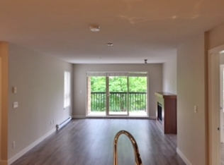 "Photo 3: 207 8915 202 Street in Langley: Walnut Grove Condo for sale in ""THE HAWTHORNE"" : MLS(r) # R2182410"