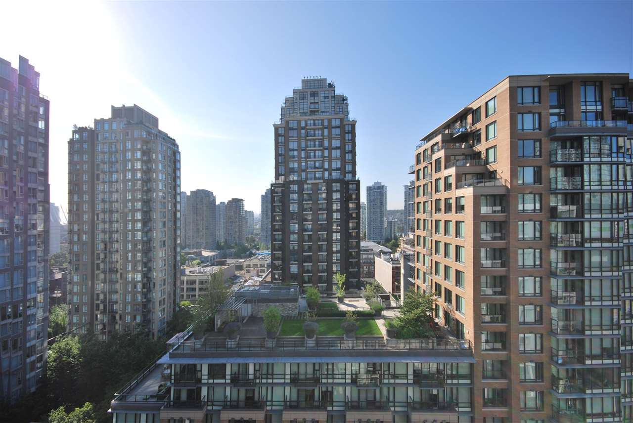 "Main Photo: 1607 1055 RICHARDS Street in Vancouver: Downtown VW Condo for sale in ""DONOVAN"" (Vancouver West)  : MLS®# R2183020"