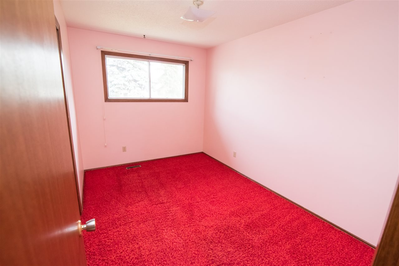 Photo 11:  in Edmonton: Zone 23 House for sale : MLS® # E4081833