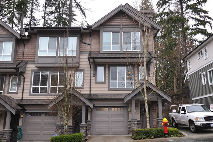 Main Photo: 142 1460 SOUTHVIEW STREET in Coquitlam: Burke Mountain Townhouse for sale : MLS®# R2147248