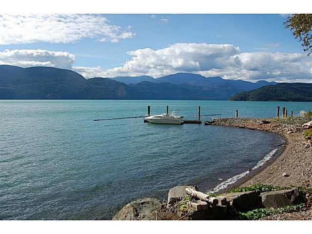 "Main Photo: 6507 ROCKWELL Drive: Harrison Hot Springs House for sale in ""THUNDERBIRD ESTATES"" : MLS®# R2231774"