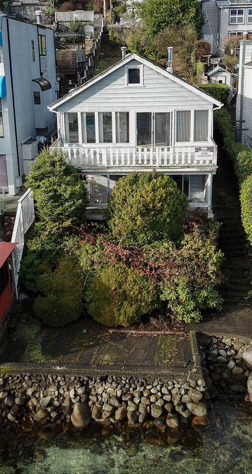 Photo 3: Photos: 2552 PANORAMA Drive in North Vancouver: Deep Cove House for sale : MLS® # R2232616