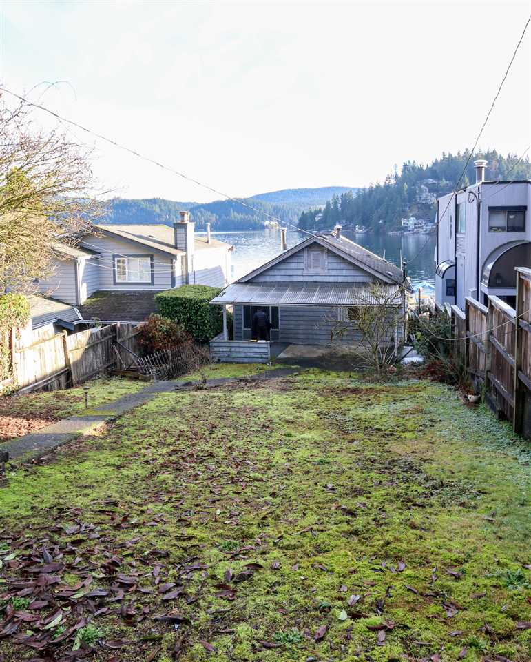 Photo 19: Photos: 2552 PANORAMA Drive in North Vancouver: Deep Cove House for sale : MLS® # R2232616