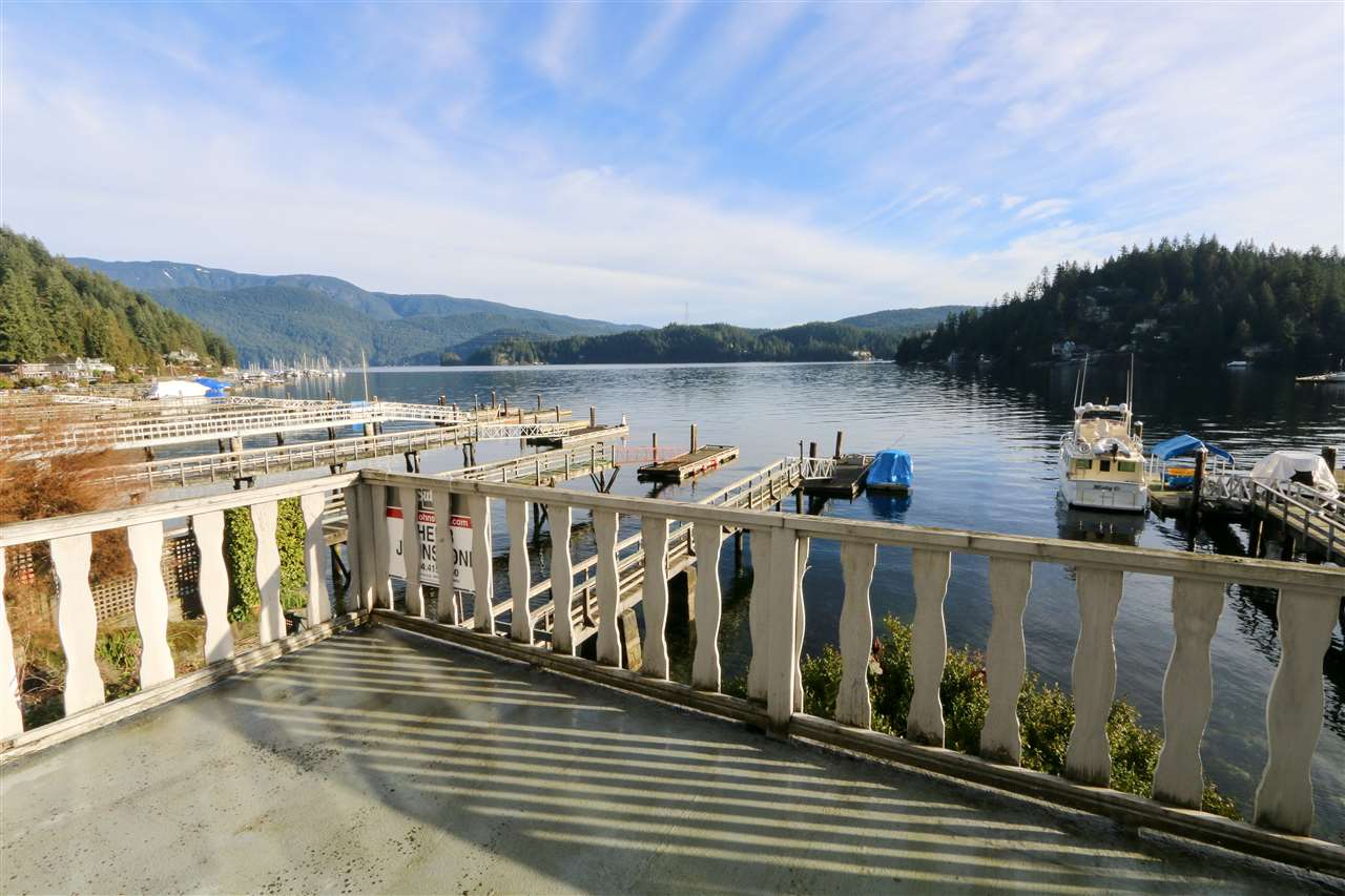 Photo 2: Photos: 2552 PANORAMA Drive in North Vancouver: Deep Cove House for sale : MLS® # R2232616