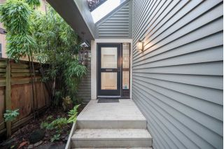 Main Photo: 816 W 13TH Avenue in Vancouver: Fairview VW House 1/2 Duplex for sale (Vancouver West)  : MLS®# R2234368
