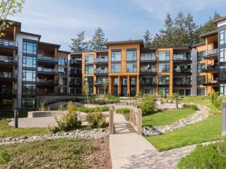"Main Photo: 506 14855 THRIFT Avenue: White Rock Condo for sale in ""The Royce"" (South Surrey White Rock)  : MLS®# R2279302"