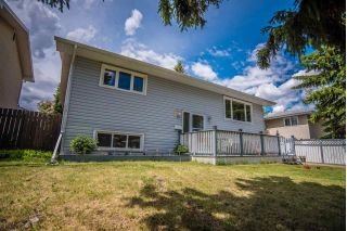 Main Photo: 11 MARKET ST: Sherwood Park House for sale : MLS®# E4116478