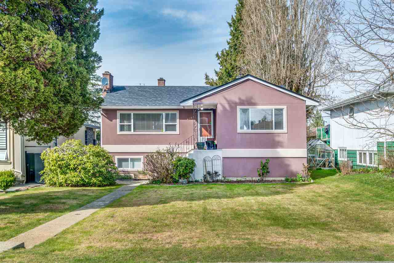 FEATURED LISTING: 6767 BURNS Street Burnaby