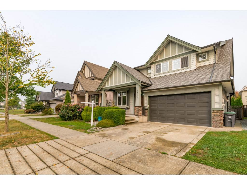 FEATURED LISTING: 19161 68B Avenue Surrey