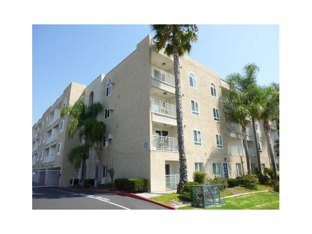Main Photo: CITY HEIGHTS Condo for sale : 2 bedrooms : 5252 Orange #422 in San Diego