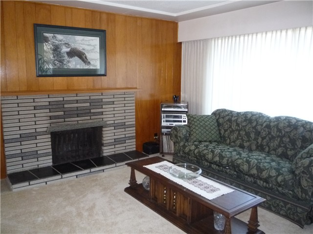 Photo 3: 312 LEROY ST in Coquitlam: Central Coquitlam House for sale : MLS® # V1012376