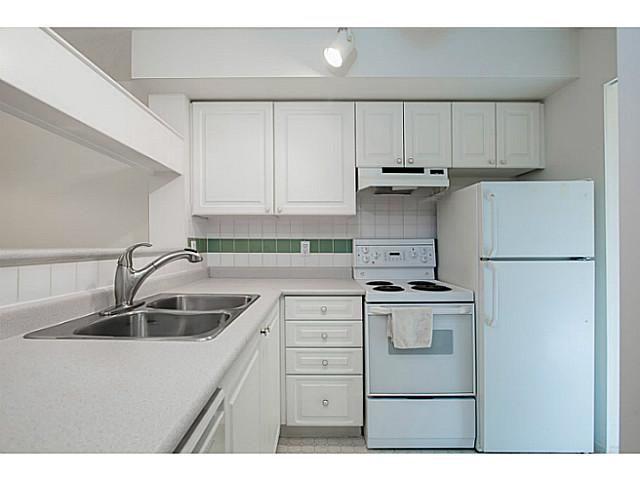 "Photo 2: 306 8989 HUDSON Street in Vancouver: Marpole Condo for sale in ""NAUTICA"" (Vancouver West)  : MLS® # V1042095"