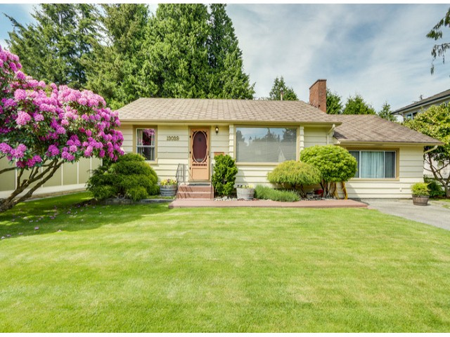 "Main Photo: 13029 15A Avenue in Surrey: Crescent Bch Ocean Pk. House for sale in ""OCEAN PARK"" (South Surrey White Rock)  : MLS® # F1413186"