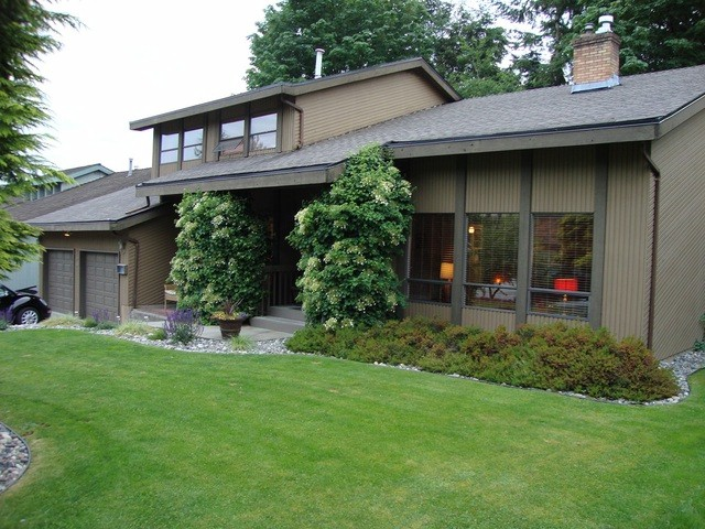 "Main Photo: 2061 EVERETT Street in Abbotsford: Abbotsford East House for sale in ""EVERETT ESTATES"" : MLS® # F1415000"