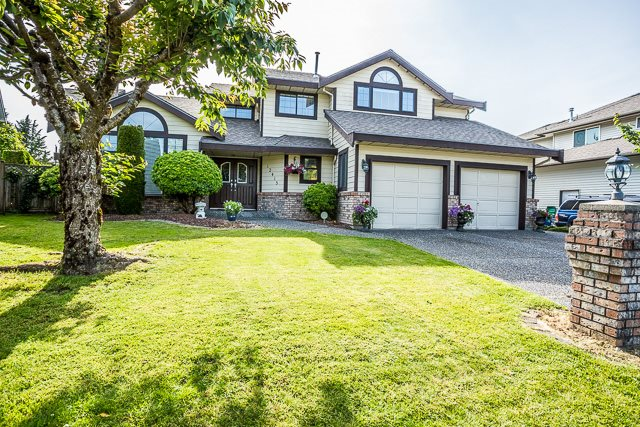FEATURED LISTING: 12415 204 Street Maple Ridge