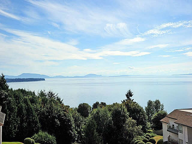 "Main Photo: 518 1350 VIDAL Street: White Rock Condo for sale in ""SEAPARK"" (South Surrey White Rock)  : MLS® # R2079101"