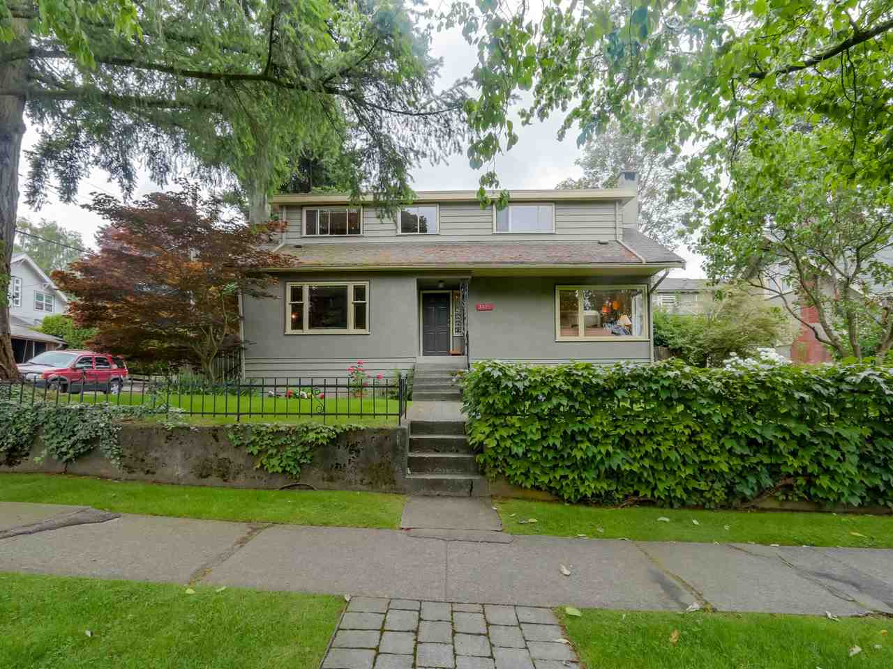Main Photo: 3325 HIGHBURY Street in Vancouver: Dunbar House for sale (Vancouver West)  : MLS(r) # R2106208