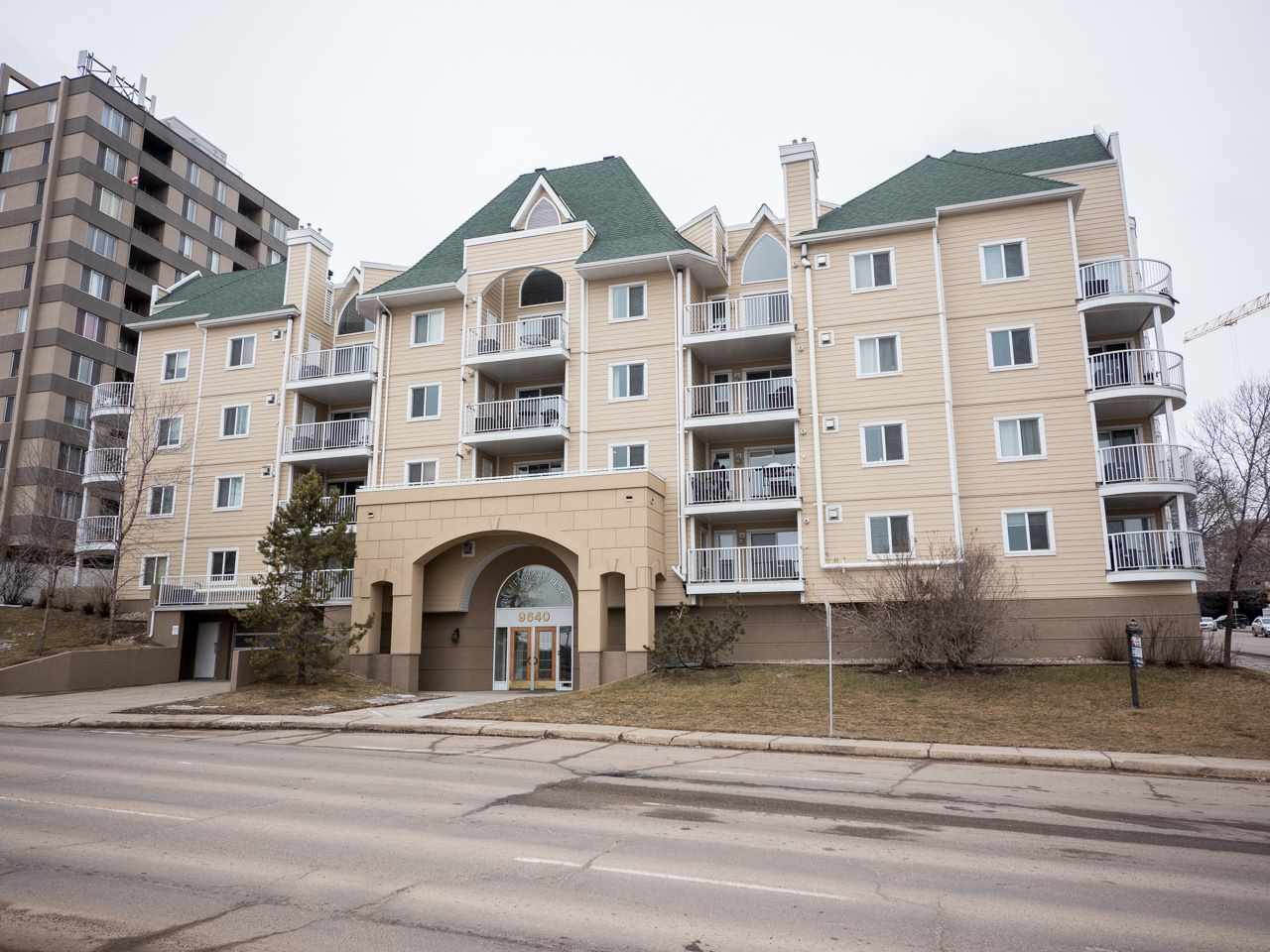 Main Photo: 202 9640 105 Street in Edmonton: Zone 12 Condo for sale : MLS(r) # E4055501