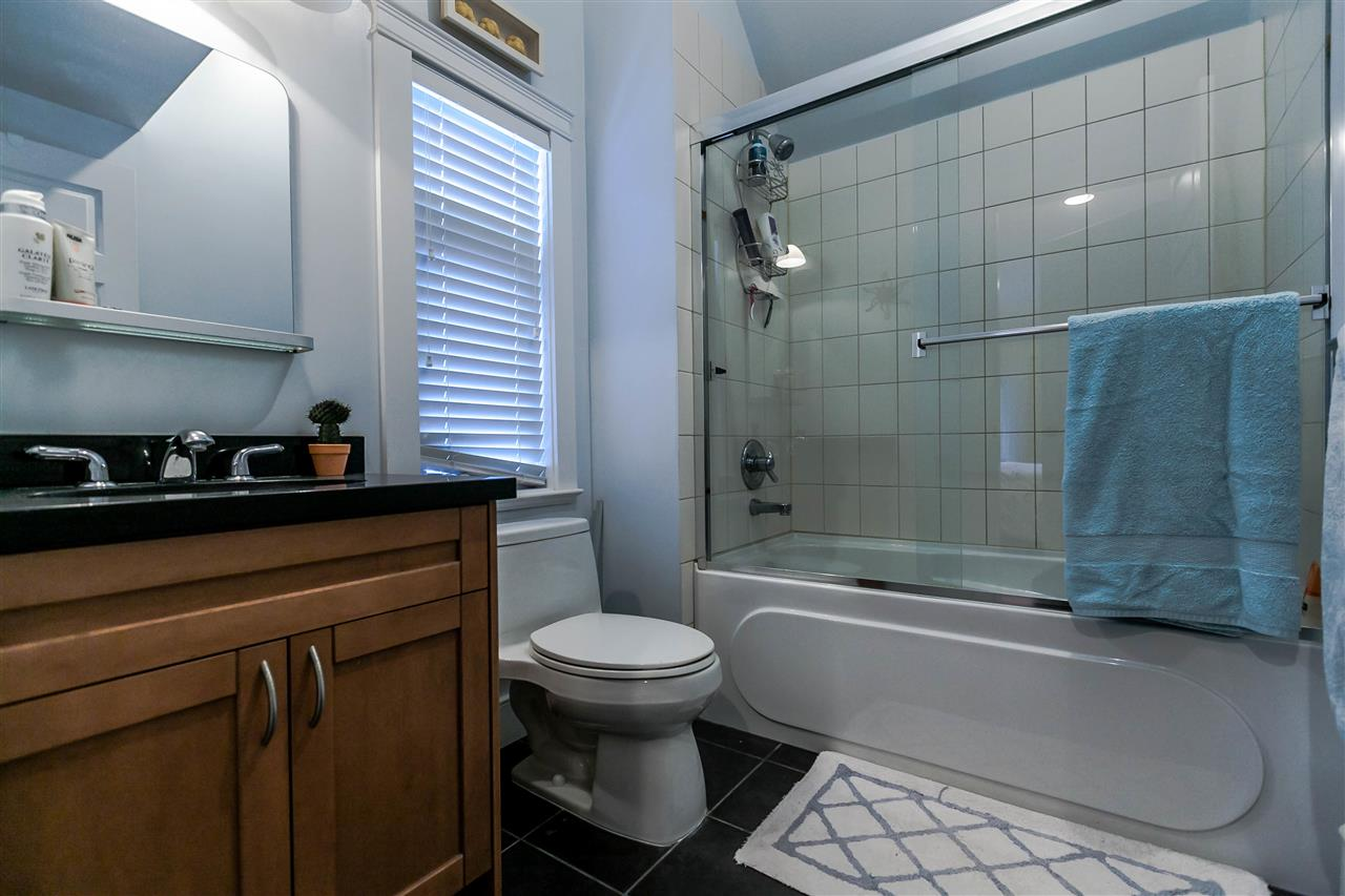 Photo 14: 225 E 17TH STREET in North Vancouver: Central Lonsdale Townhouse for sale : MLS® # R2156130