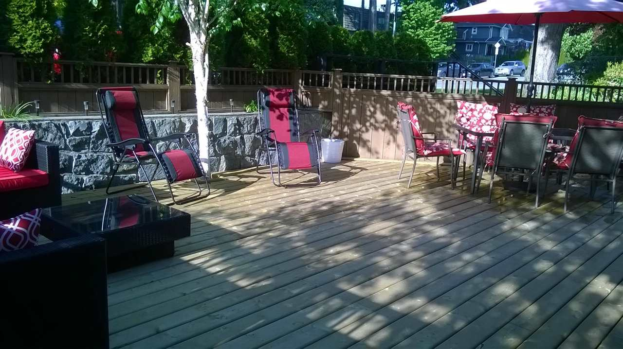 Photo 17: 225 E 17TH STREET in North Vancouver: Central Lonsdale Townhouse for sale : MLS® # R2156130