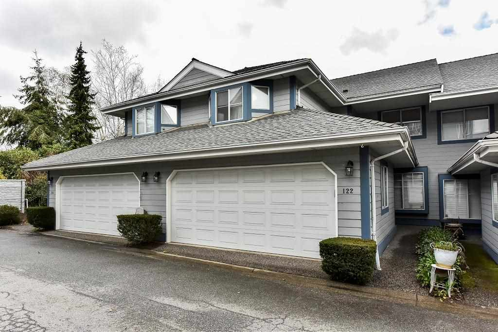 "Main Photo: 122 28 RICHMOND Street in New Westminster: Fraserview NW Townhouse for sale in ""CASTLERIDGE"" : MLS(r) # R2157628"