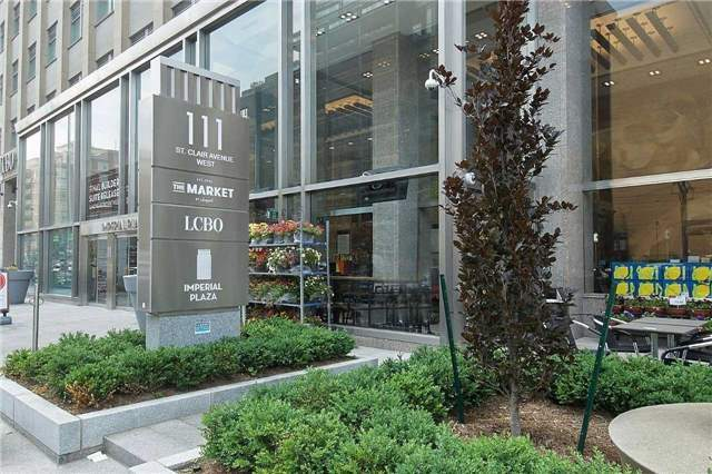 Main Photo: 725 111 W St Clair Avenue in Toronto: Yonge-St. Clair Condo for lease (Toronto C02)  : MLS(r) # C3795734