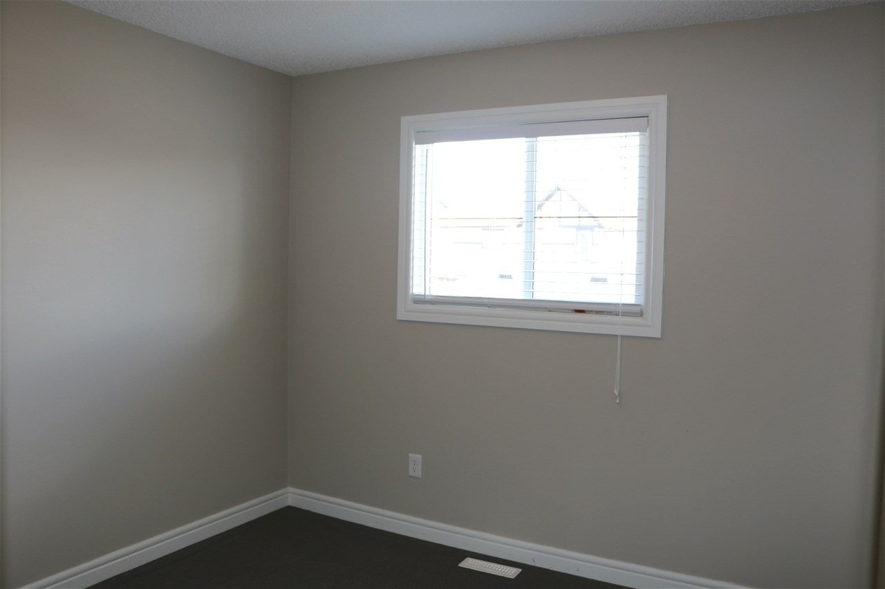 Photo 10: 3081 KESWICK Way in Edmonton: Zone 56 Attached Home for sale : MLS® # E4068204