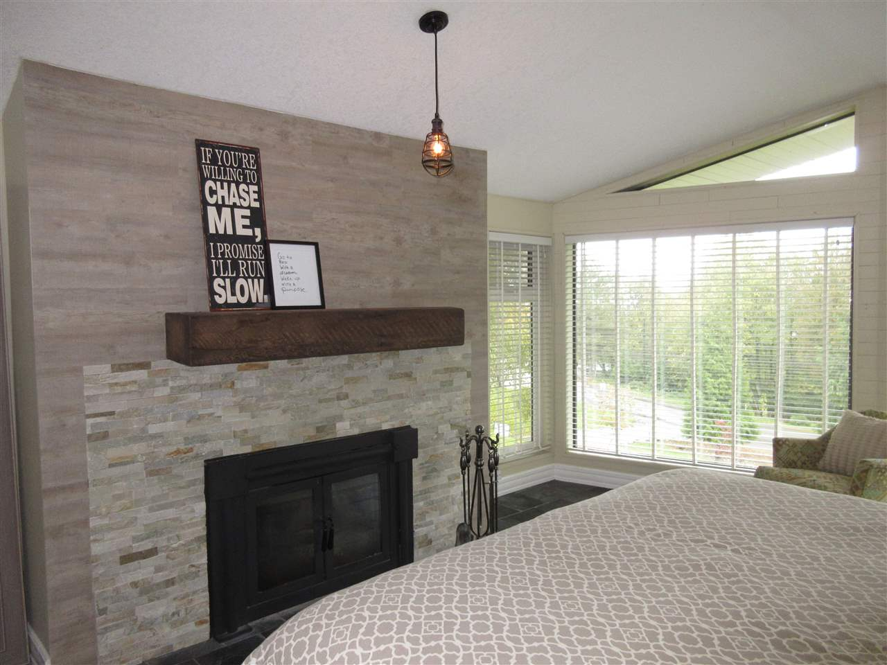 "Photo 10: 8565 GRAND VIEW Drive in Chilliwack: Chilliwack Mountain House for sale in ""Chilliwack Mountain"" : MLS® # R2179766"