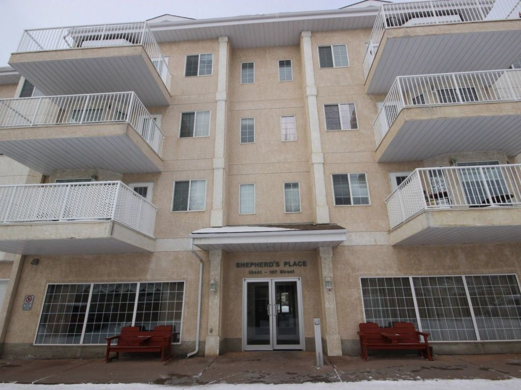 Main Photo:  in Edmonton: Zone 01 Condo for sale : MLS® # E4072802