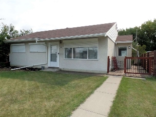 Main Photo: 11035 161 Street in Edmonton: Zone 21 House for sale : MLS® # E4074336