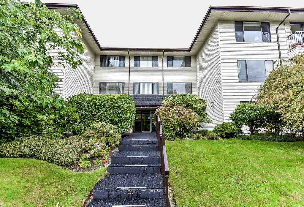 "Main Photo: 304 15317 THRIFT Avenue: White Rock Condo for sale in ""NOTTINGHAM"" (South Surrey White Rock)  : MLS® # R2209410"