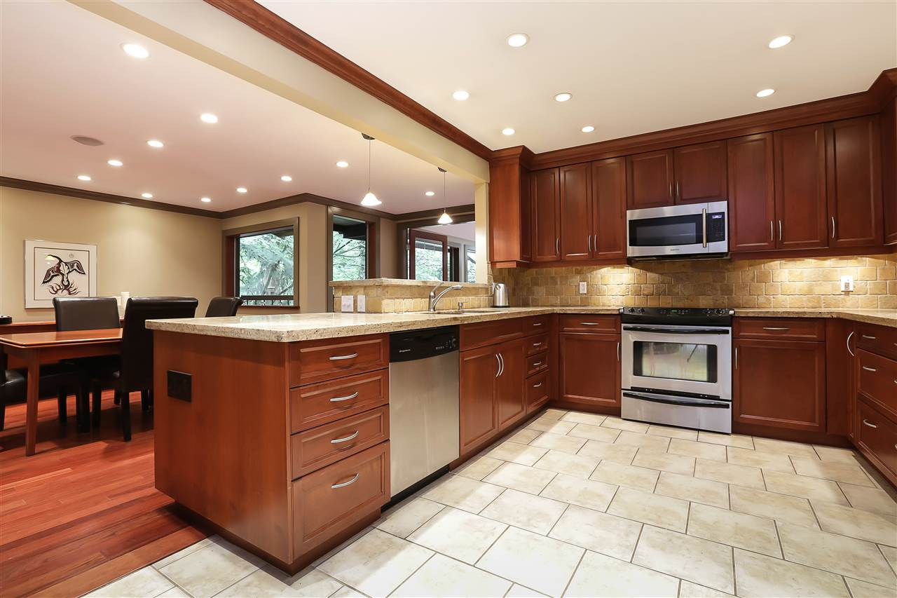 Photo 2: Photos: 3503 FROMME Road in North Vancouver: Lynn Valley House for sale : MLS®# R2228821
