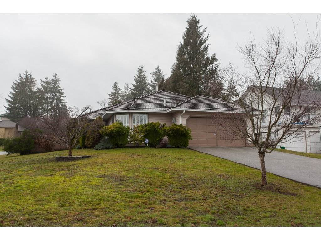 Photo 1: Photos: 32925 ORCHID Court in Mission: Mission BC House for sale : MLS® # R2235730