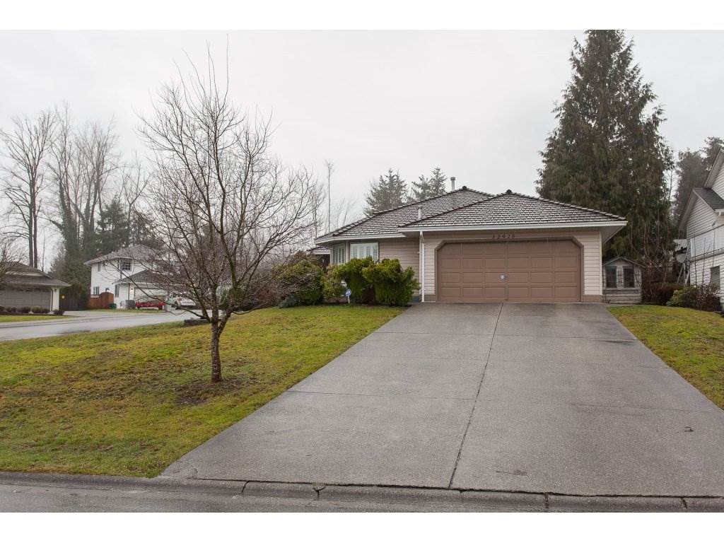Photo 2: Photos: 32925 ORCHID Court in Mission: Mission BC House for sale : MLS® # R2235730