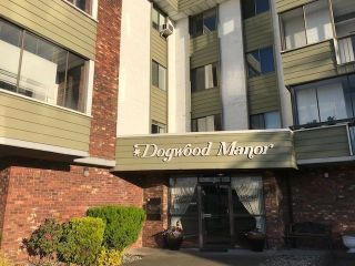 "Main Photo: 202 32040 PEARDONVILLE Road in Abbotsford: Abbotsford West Condo for sale in ""DOGWOOD MANOR"" : MLS®# R2273394"