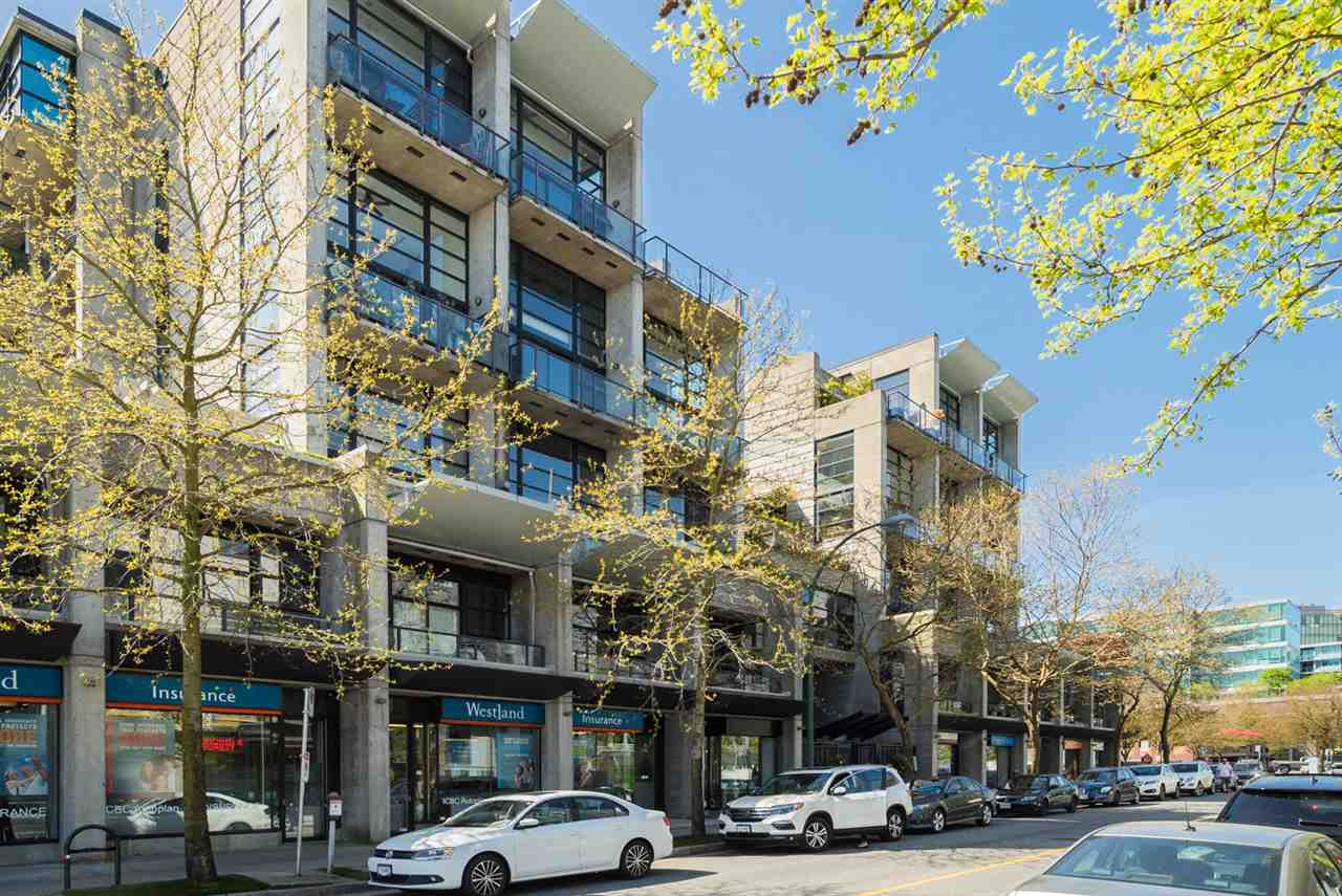 "Main Photo: 514 428 W 8TH Avenue in Vancouver: Mount Pleasant VW Condo for sale in ""XL Lofts"" (Vancouver West)  : MLS®# R2273709"