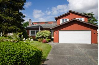 Main Photo: 4683 54 Street in Delta: Delta Manor House for sale (Ladner)  : MLS®# R2276060